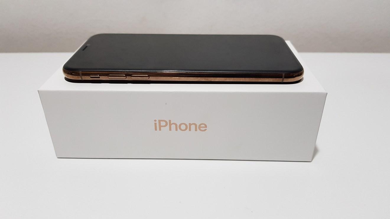 Trang iPhone XS