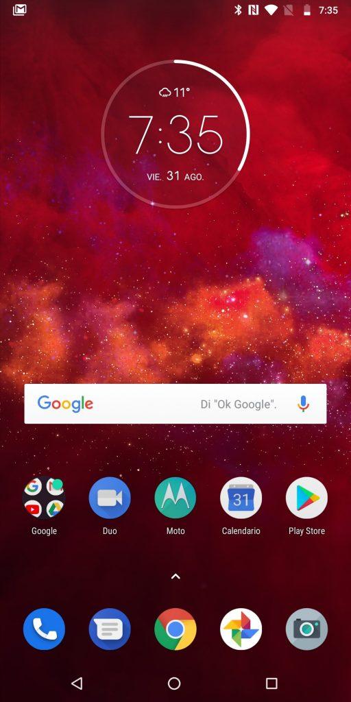 """Motorola Moto Z3 Play'i nəzərdən keçirin 4""""width ="""" 512 """"height ="""" 1024"""