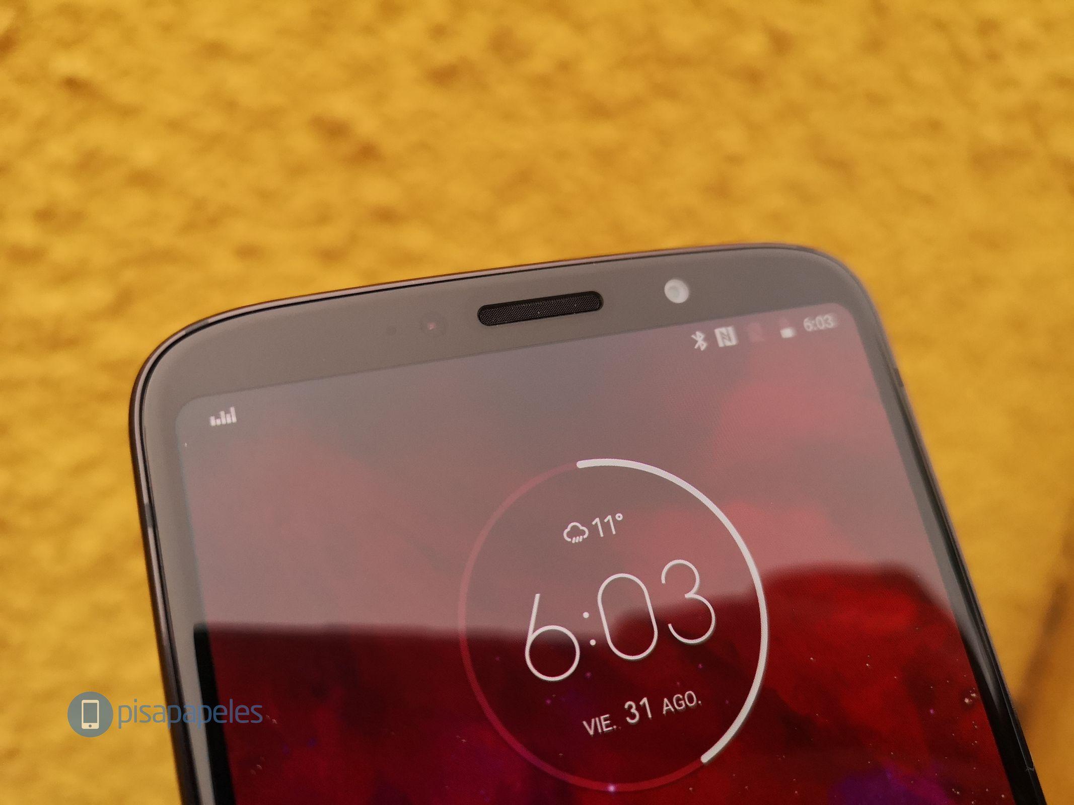 """Motorola Moto Z3 Play'i nəzərdən keçirin 9""""width ="""" 2133 """"height ="""" 1600"""