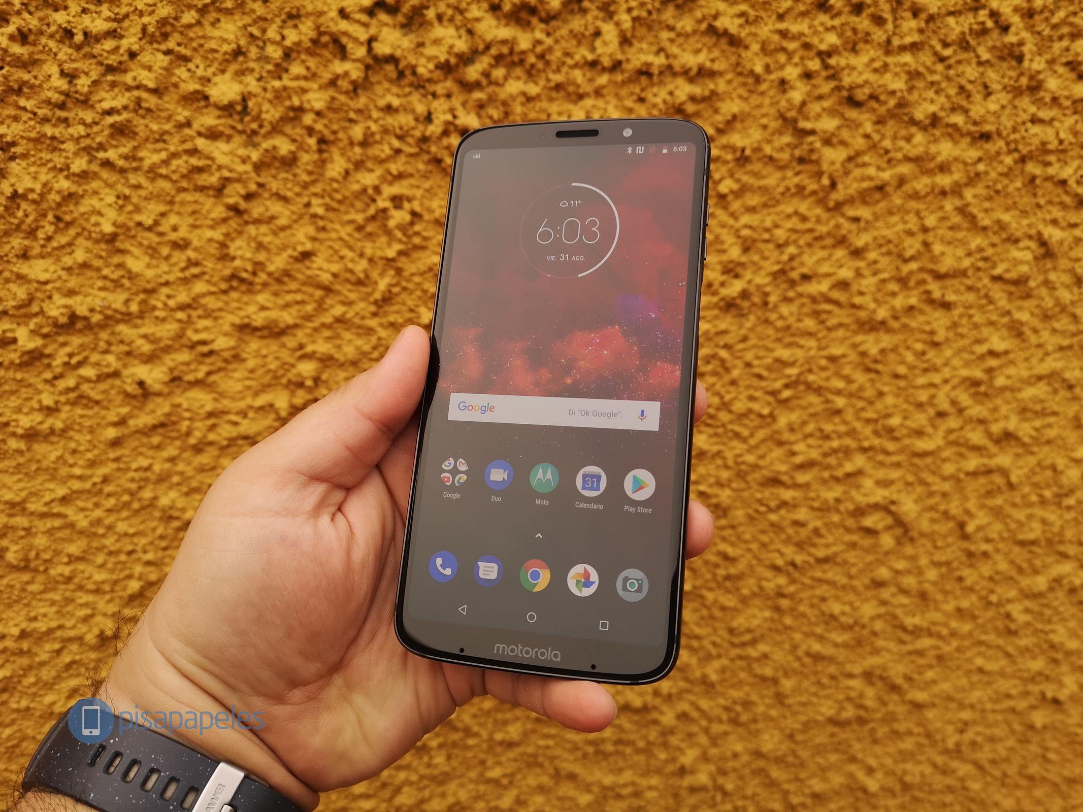 "Motorola Moto Z3 Play 10 ""width ="" 2133 ""height ="" 1600 yoxlayın"