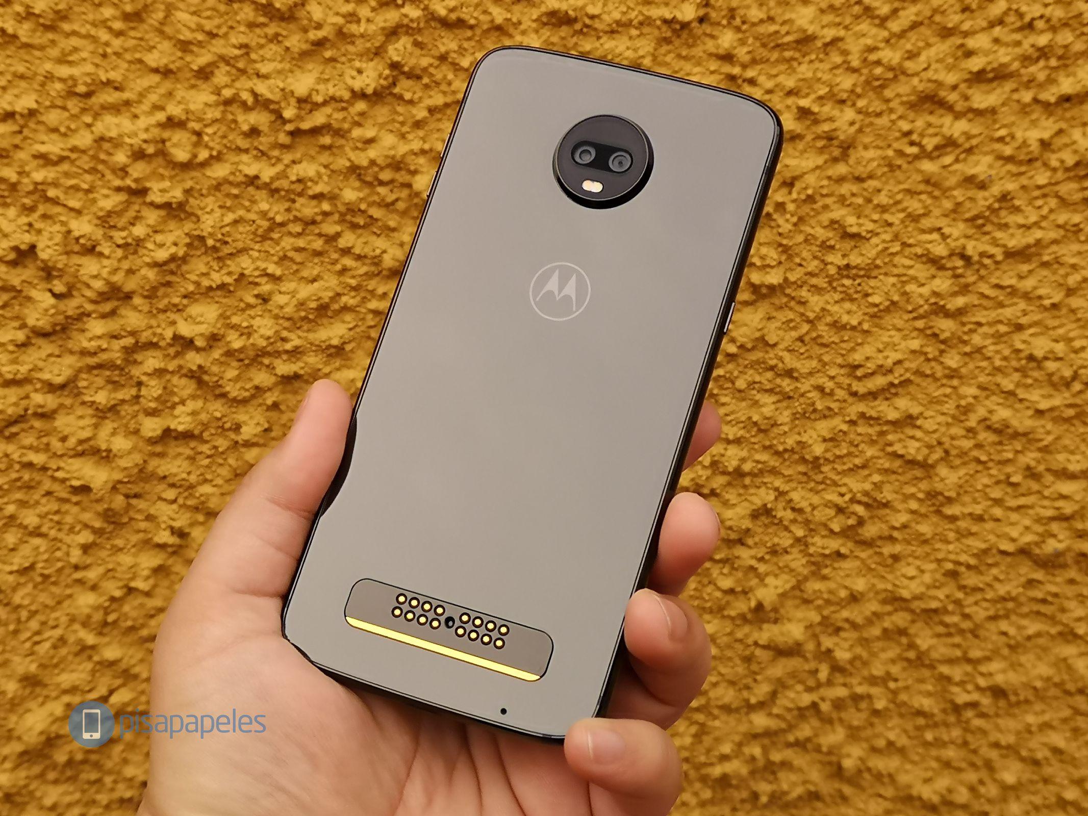 "Motorola Moto Z3 Play 11 ""width ="" 2133 ""height ="" 1600 yoxlayın"