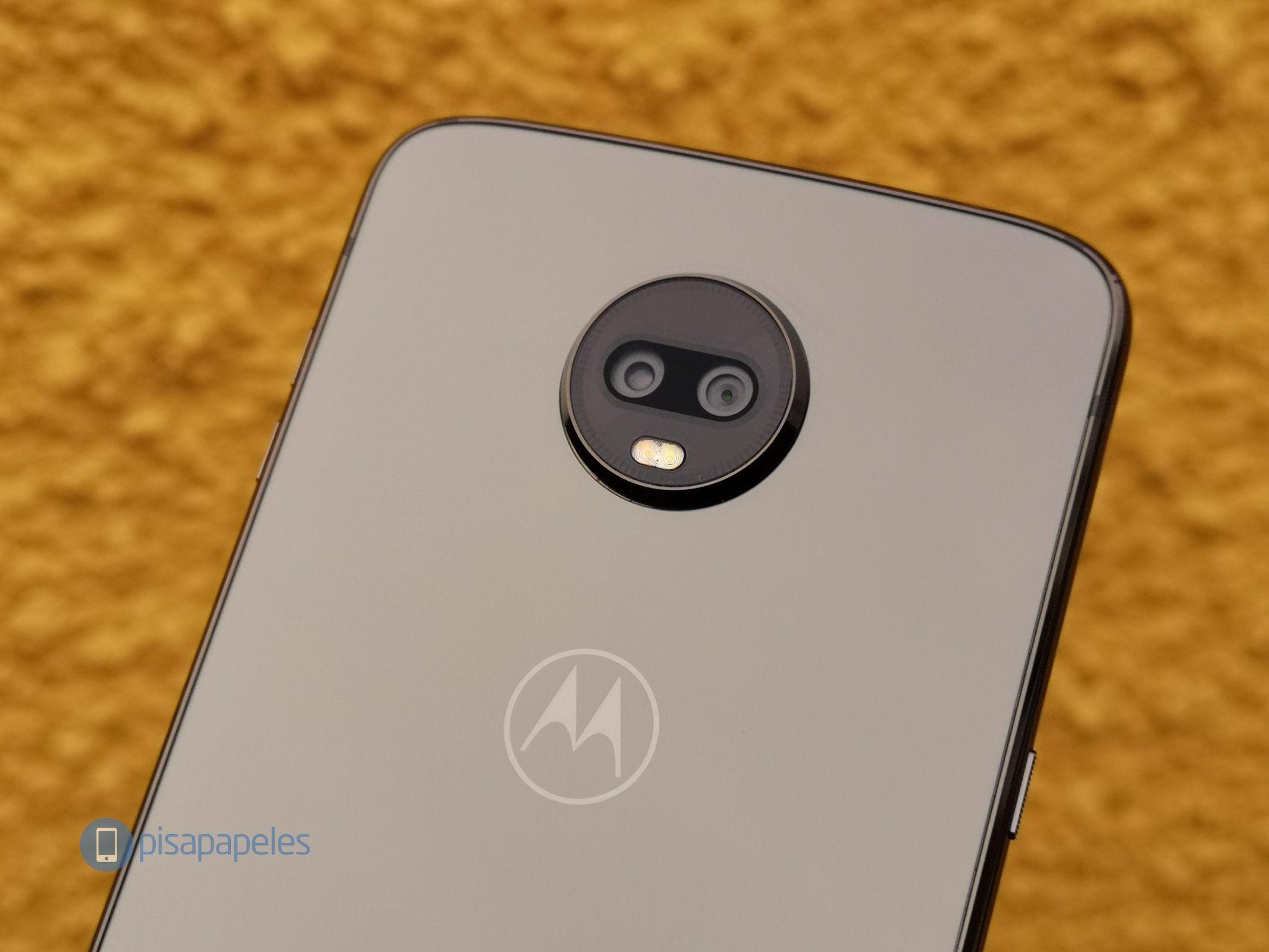 "Motorola Moto Z3 Play 12 ""width ="" 2133 ""height ="" 1600 yoxlayın"