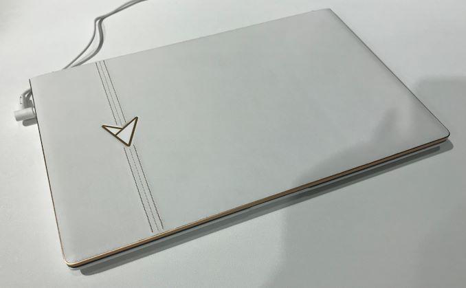 Layar Ganda 13,3-Inch dengan GPU 3