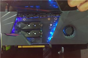 Layar Ganda 13,3-Inch dengan GPU 7