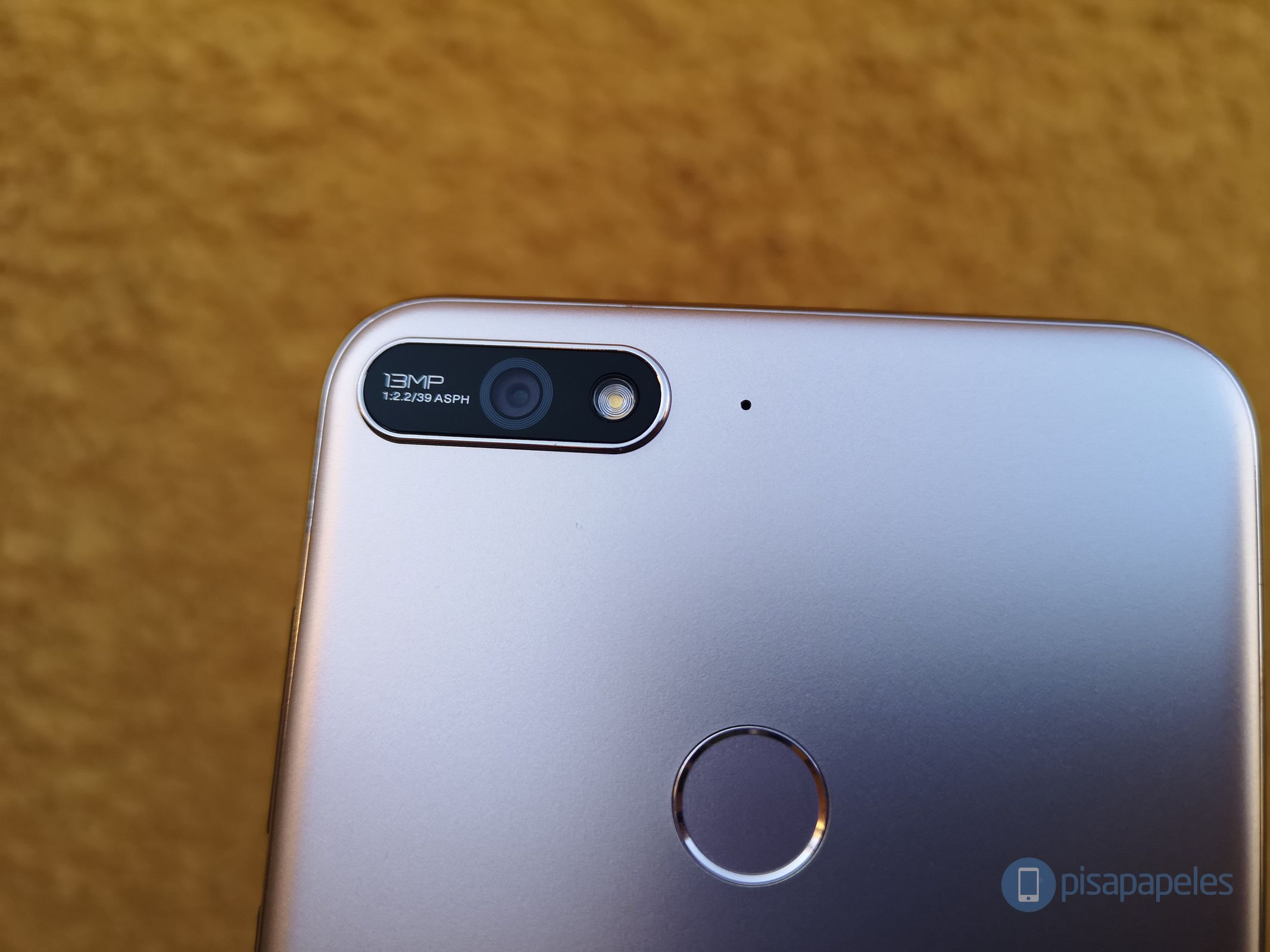 """Huawei Y7 2018 rəyləri 2""""width ="""" 2133 """"height ="""" 1600"""