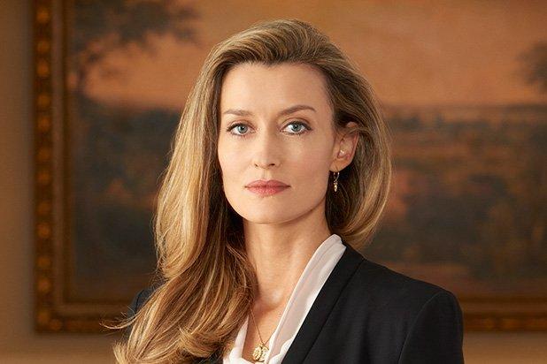 Во серијата Showtime's Halo се појавува актерката Кортана 1
