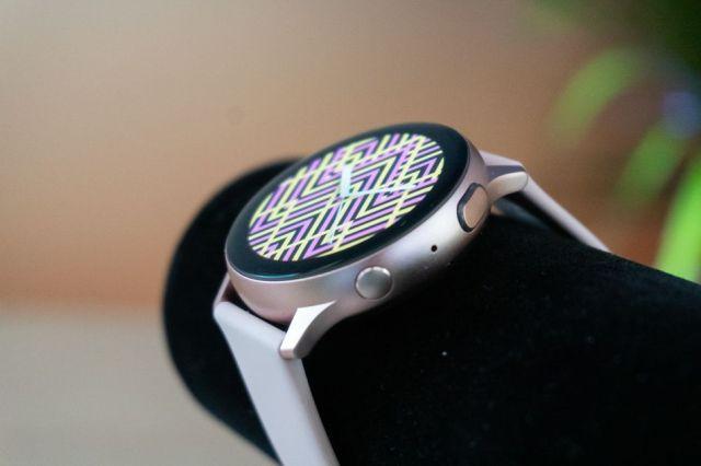 Questo è un orologio intelligente a schermo rotondo realizzato correttamente.