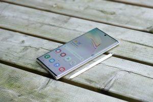 Galaxy Note        10 mặt trước và bút S
