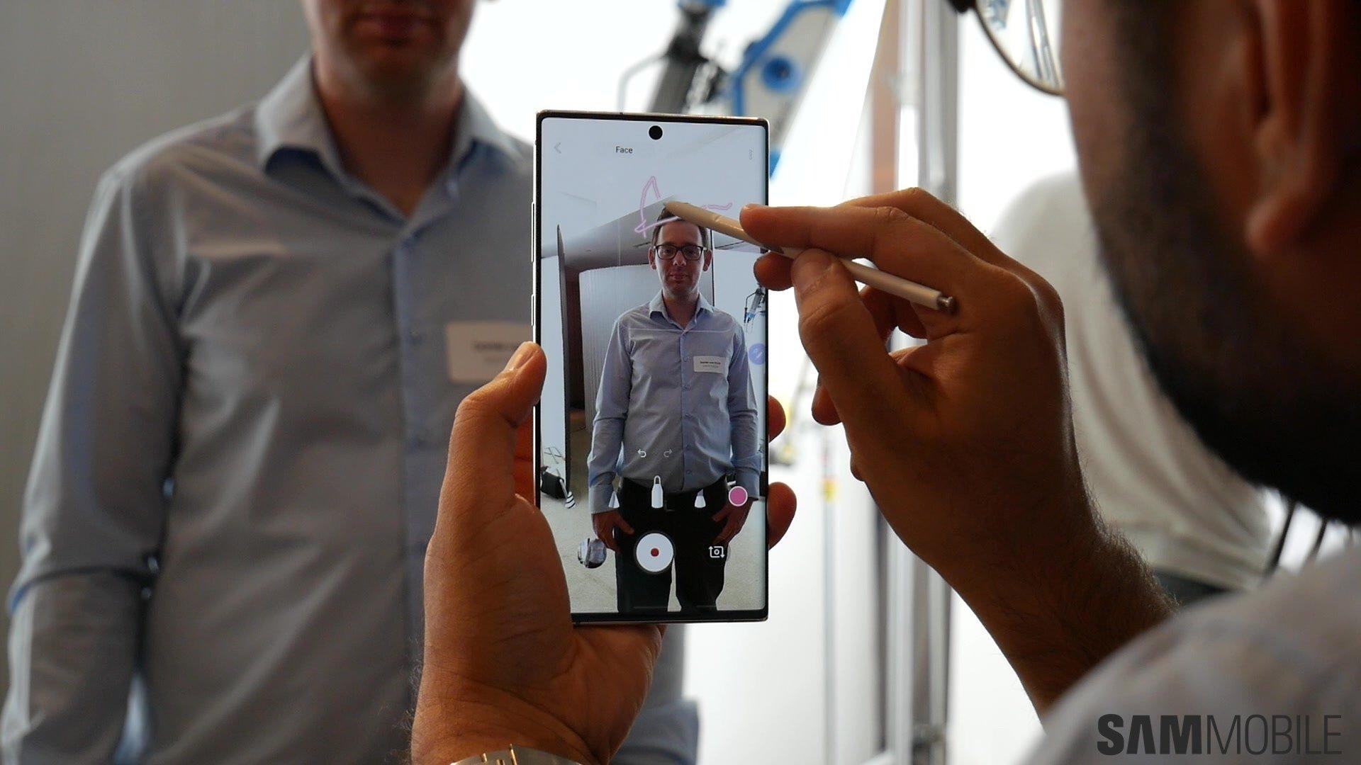 (Video) Galaxy Užitočná poznámka 10/10: 1-2 Puč Samsung 4