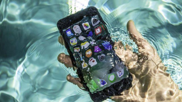 iPhone vedenalainen