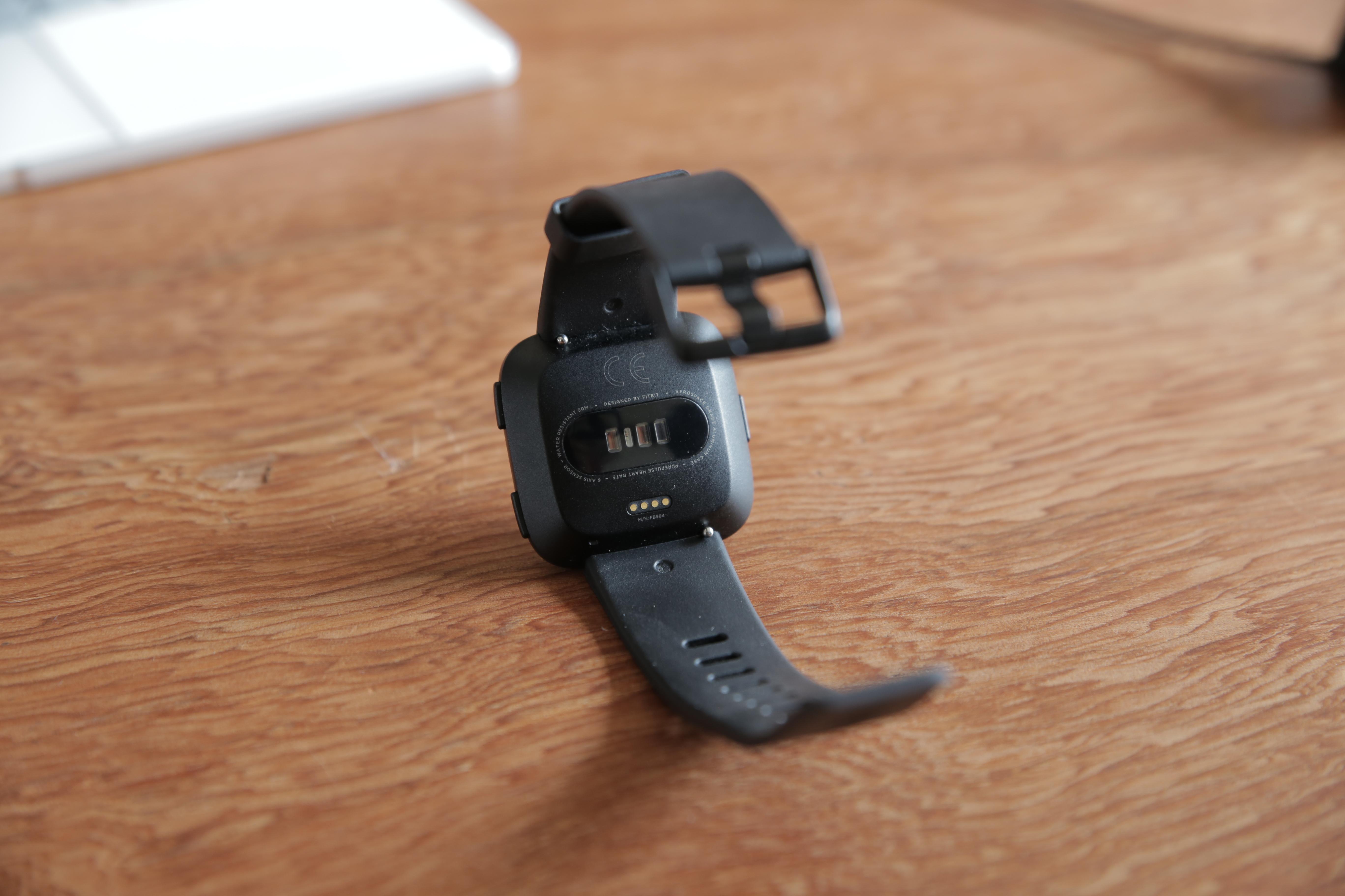 """Revisión Fitbit Versa 5""""ancho ="""" 5472 """"altura ="""" 3648"""