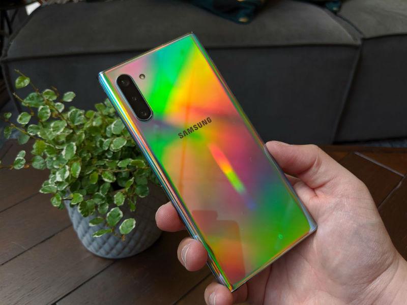 Споредба на Samsung Galaxy Note 10+ наспроти Samsung Galaxy S10 + 2