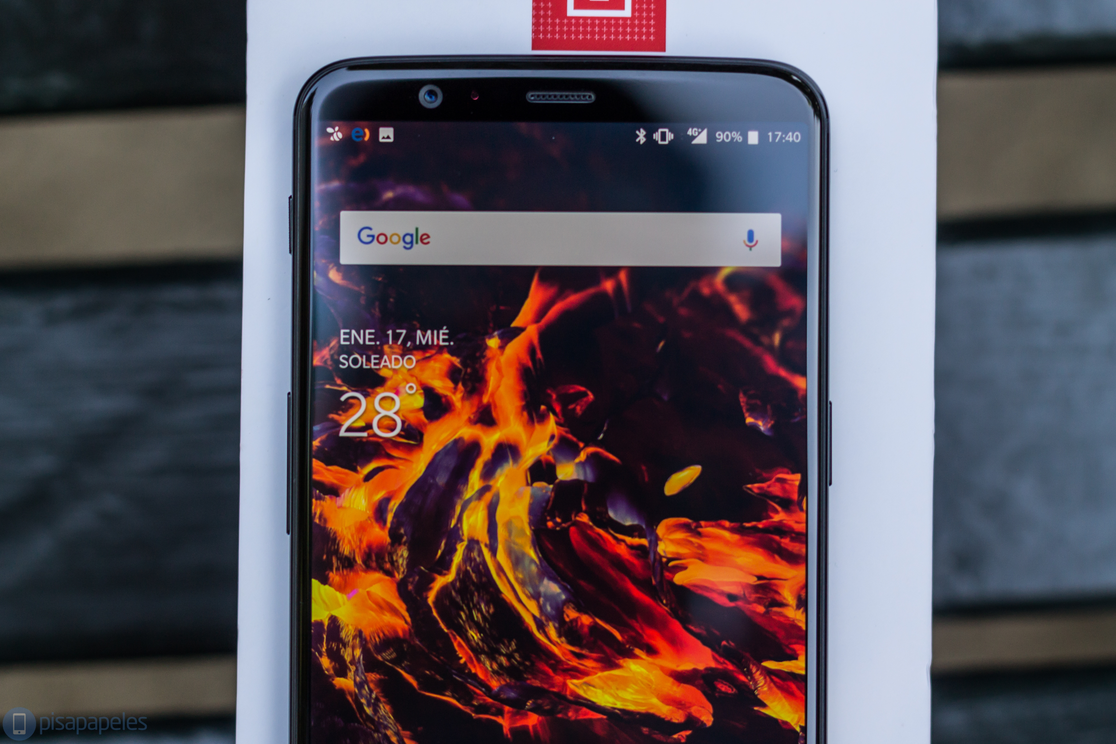 "OnePlus 5T baxış 2""width ="" 4272 ""height ="" 2848"