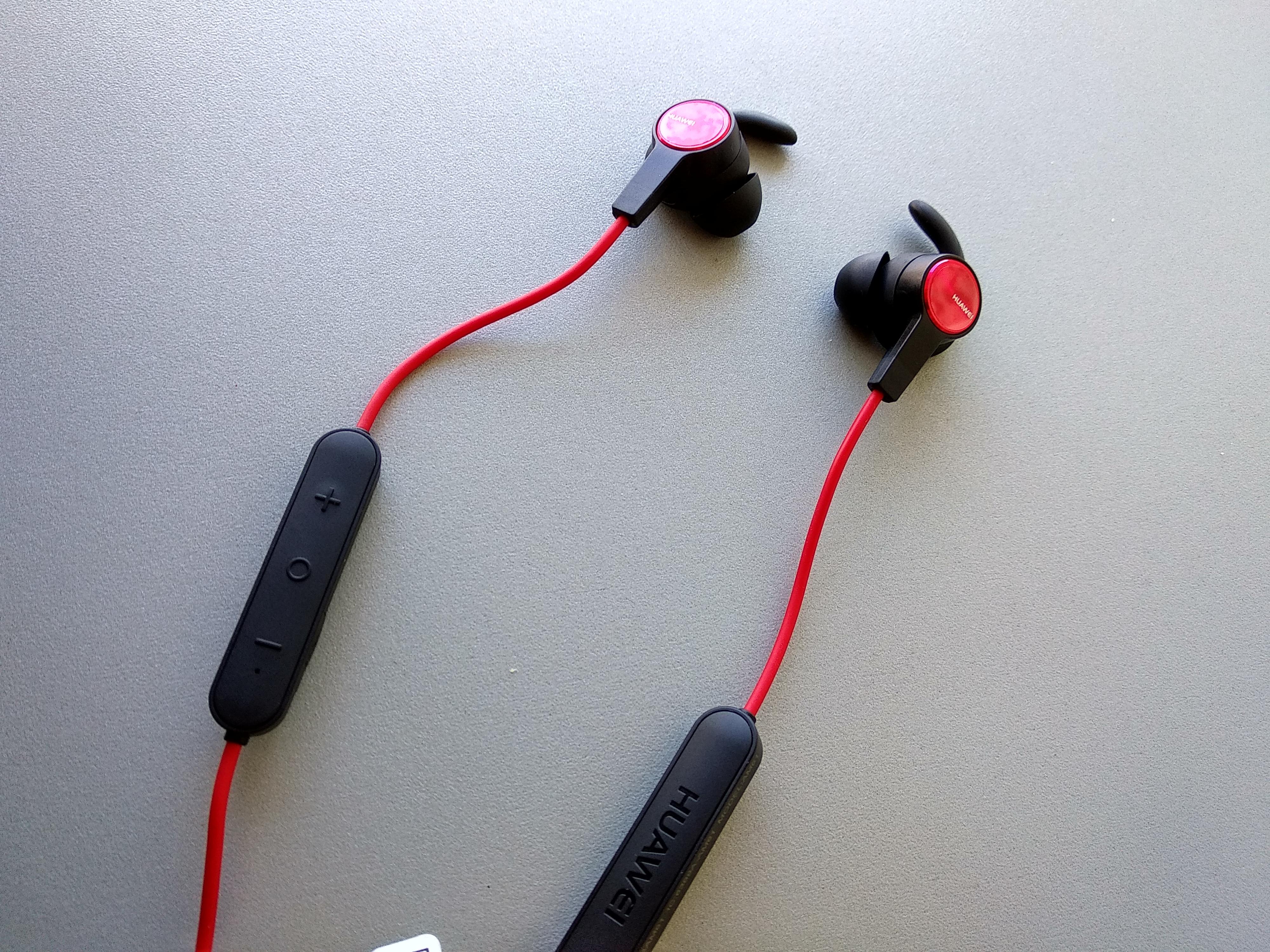 """Huawei Sports Bluetooth qulaqlıqlarını yoxlayın 3""""aria-showby ="""" qalereya-3-72764"""