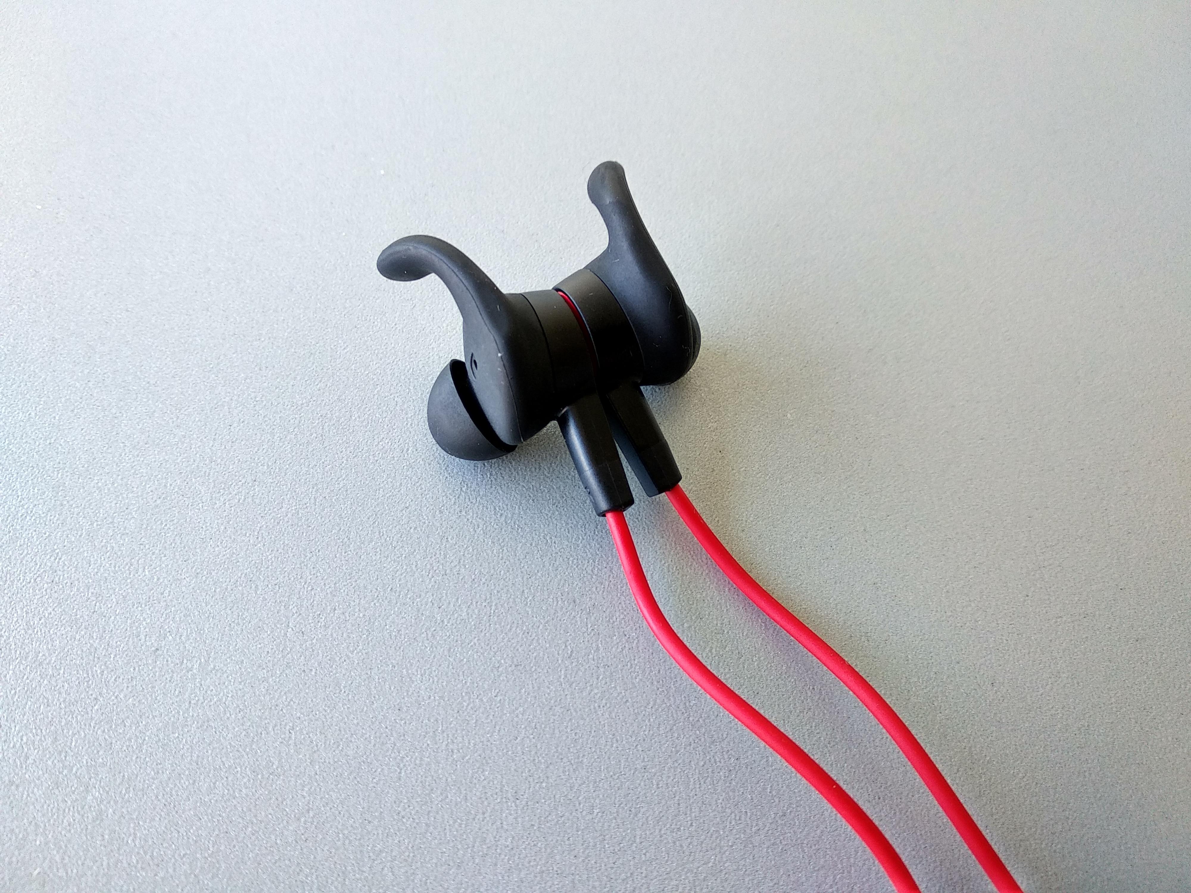 """Huawei Sports Bluetooth qulaqlıqlarını yoxlayın 5""""aria-showby ="""" qalereya-3-72767"""