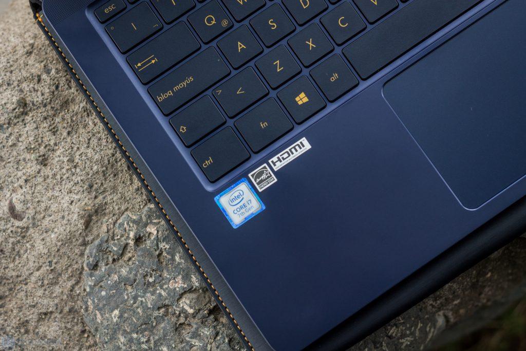 "Check the ASUS Zenbook 3 Deluxe 6 ""width ="" 750 ""height ="" 500"