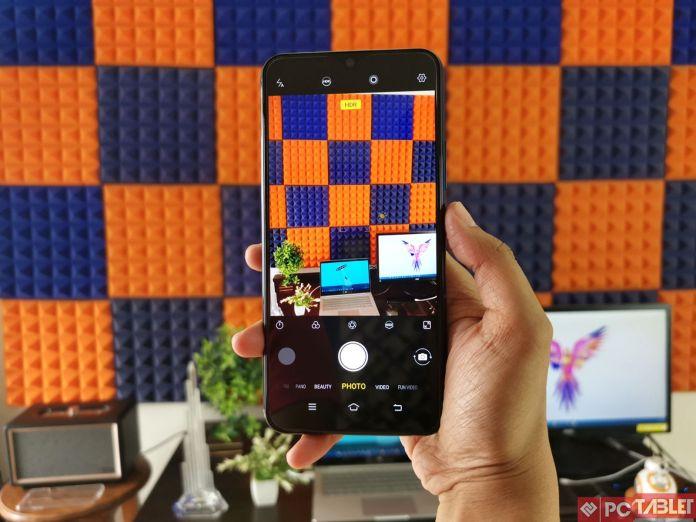 Vivo Review Y17 - достапен паметен телефон кој е добро изграден 6