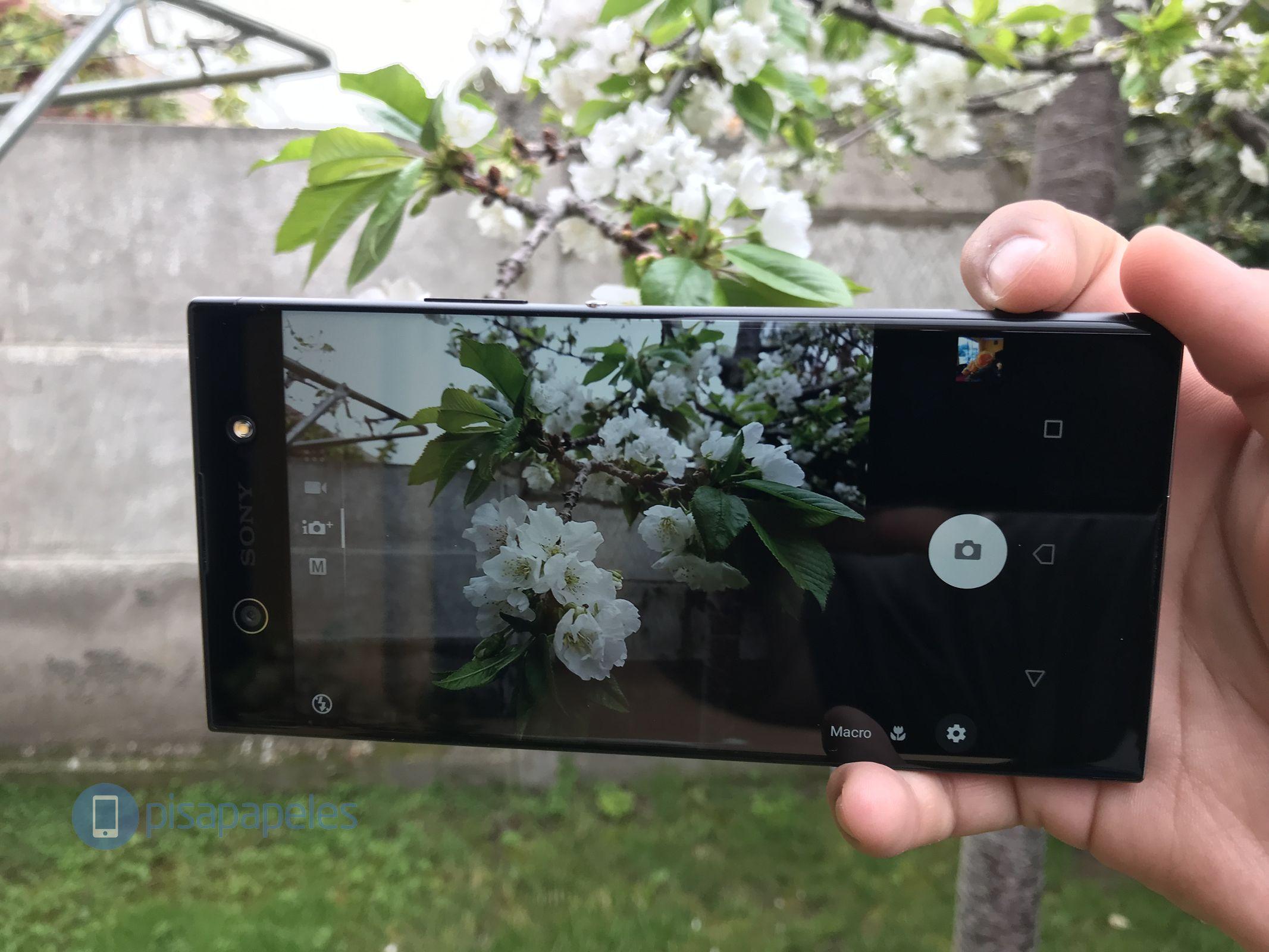 """Revise el Sony Xperia XA1 Ultra 7""""ancho ="""" 2133 """"altura ="""" 1600"""