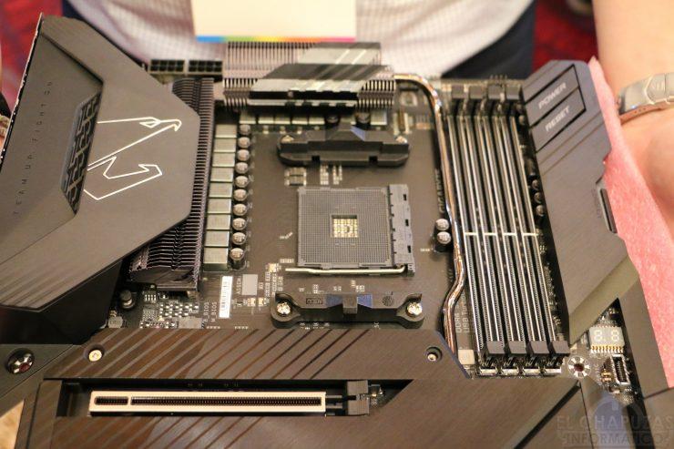 Gigabyte X570 Aorus Xtreme 5 740x493 0