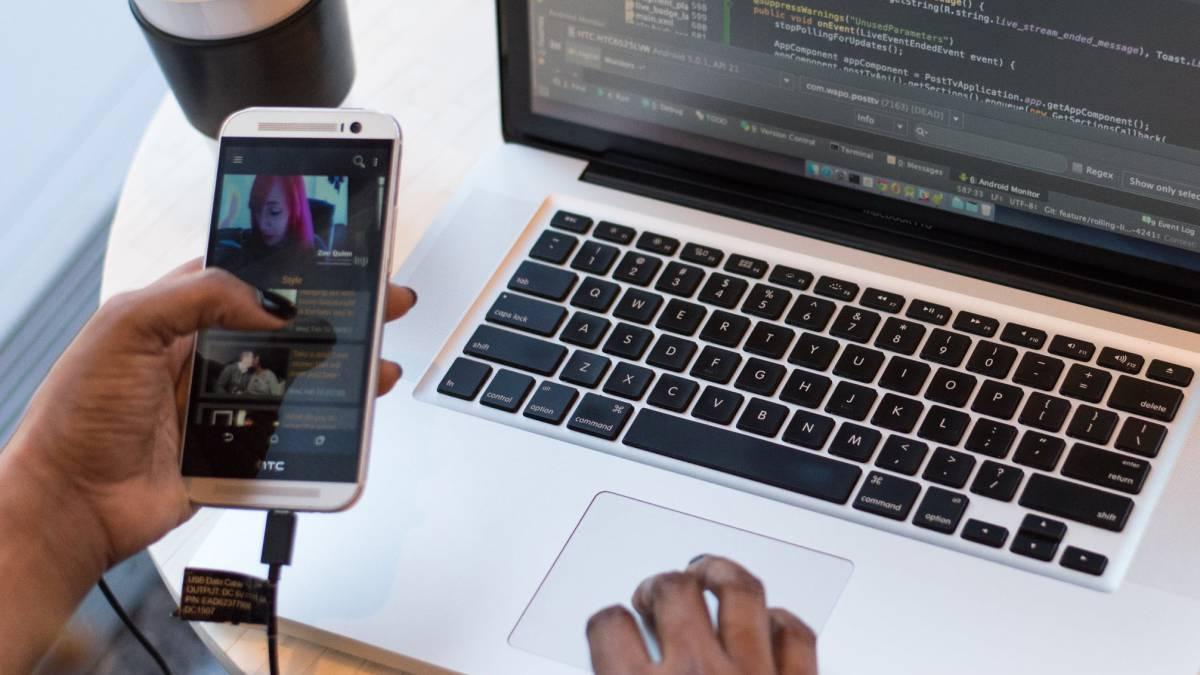 Handshacker, cómo conectar un teléfono Android a MacBook Apple 1