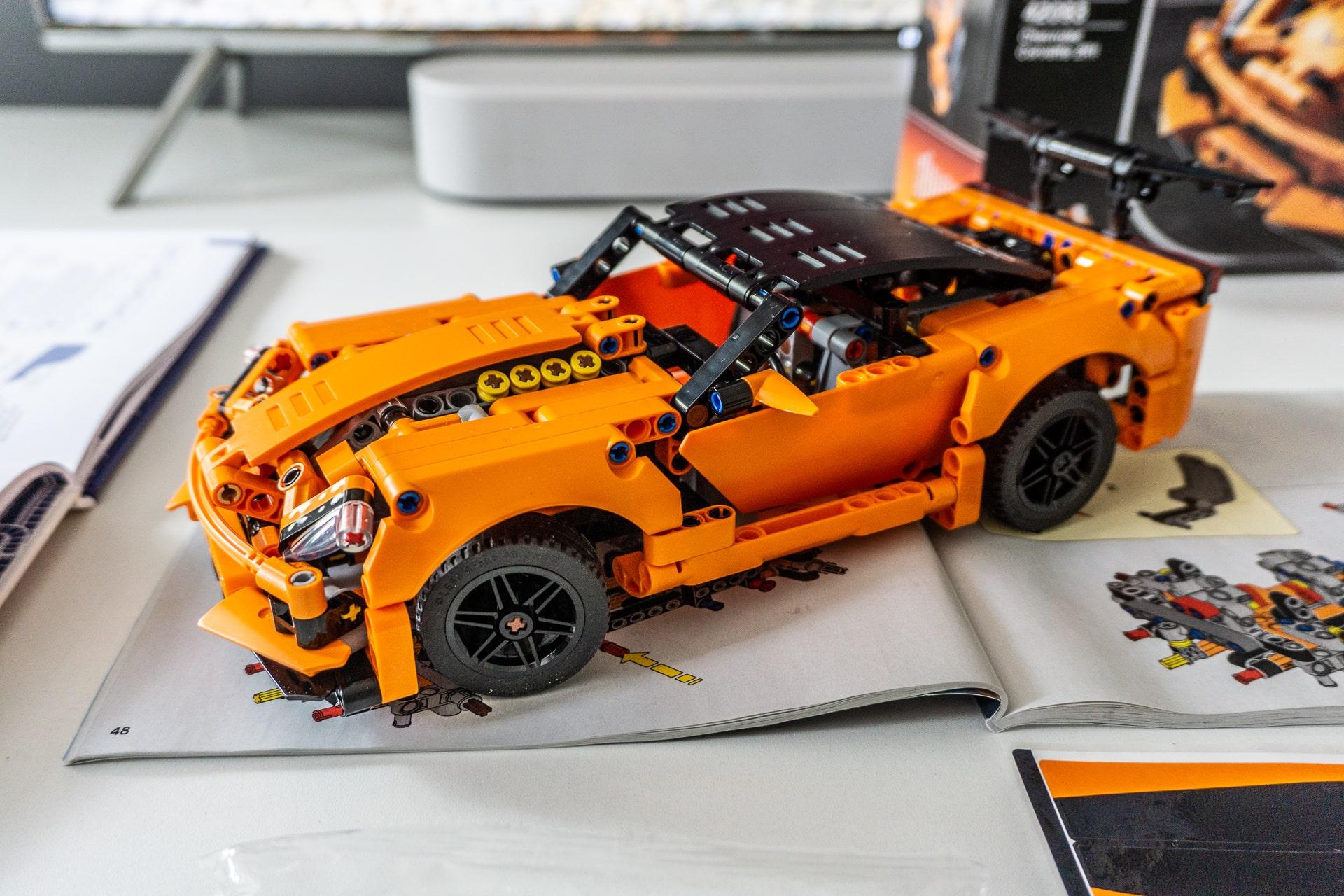Kami bermain tanpa listrik: LEGO Chevrolet Corvette ZR1 ...