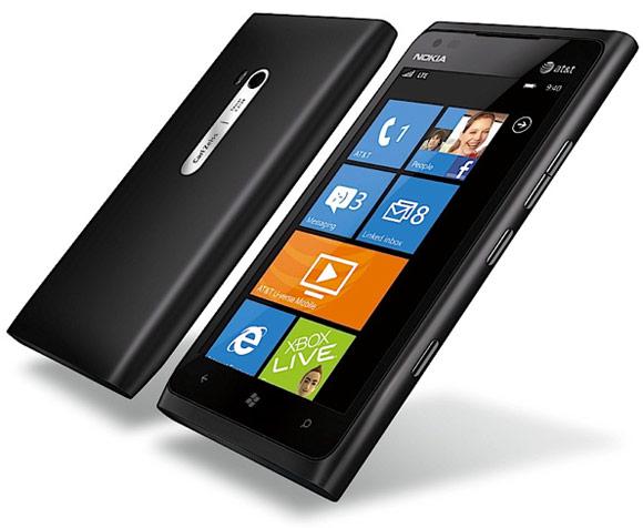 Преглед на паметниот телефон Nokia Lumia 900 1