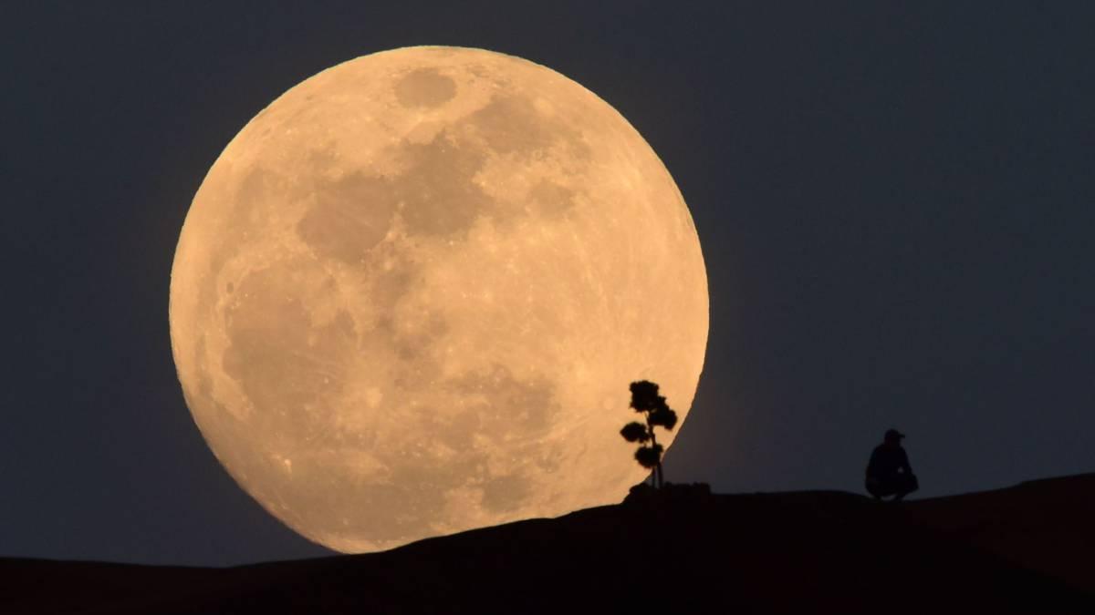 Luna Eclipse 2019 Qismən İnternetdə axtarış etmək və mobil telefonlarla foto çəkmək üçün yerlər 1