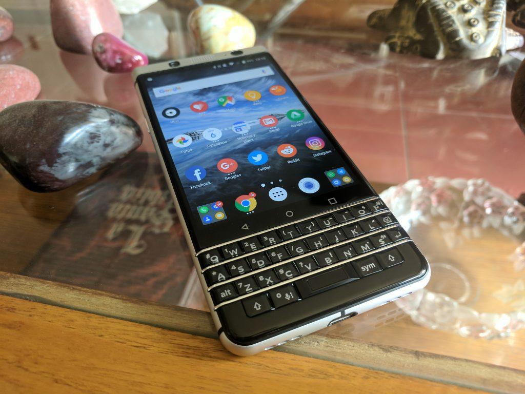 """BlackBerry KEYone 12 """"eni ="""" 750 """"hündürlüyü ="""" 563"""