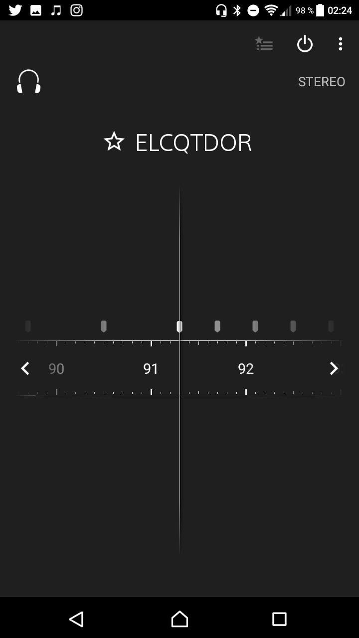 """Revise el Sony Xperia L1 13""""ancho ="""" 350 """"altura ="""" 622"""