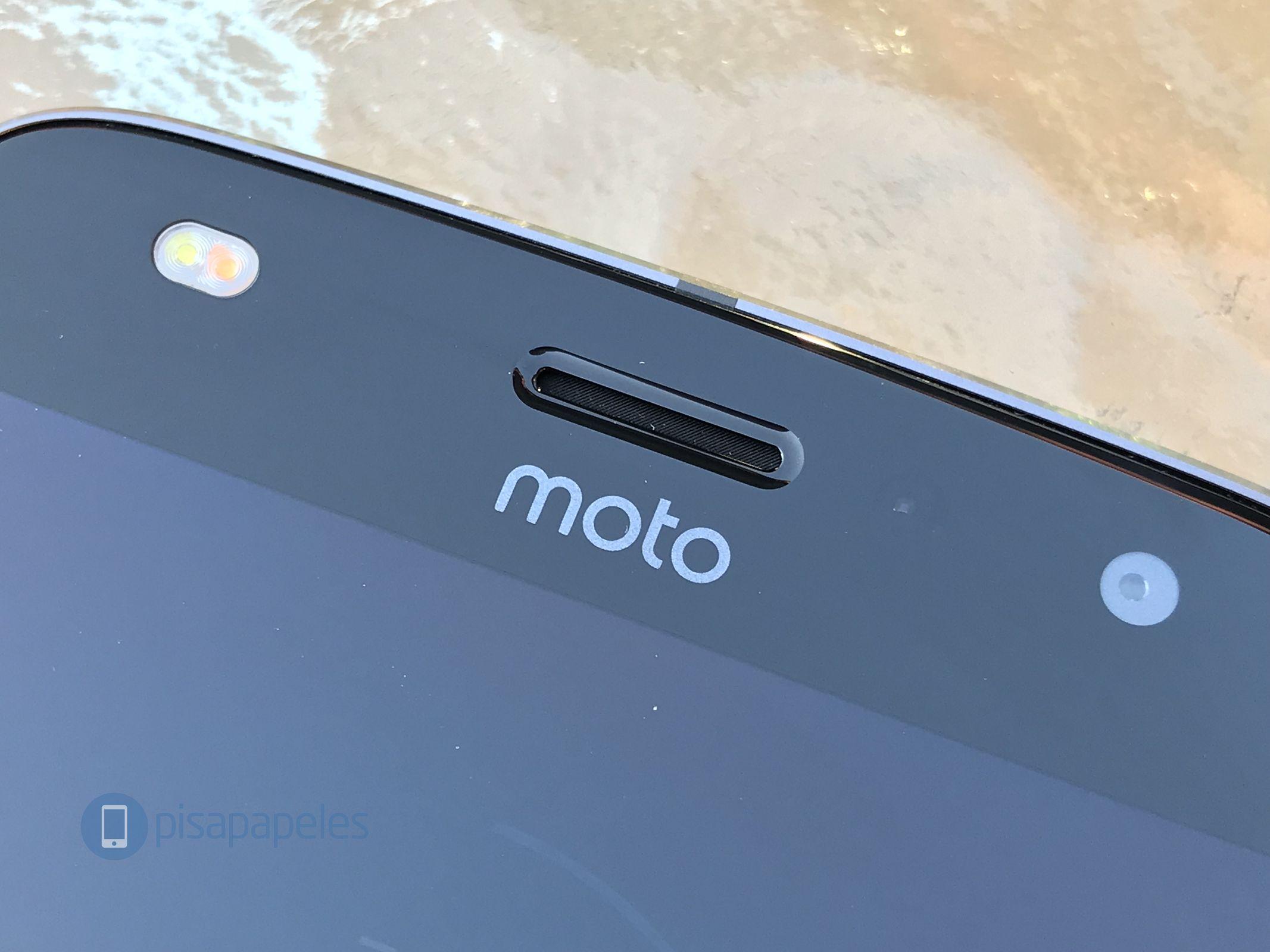 """Controlla il Motorola Moto Z2 Play 20 """"larghezza ="""" 2133 """"altezza ="""" 1600"""