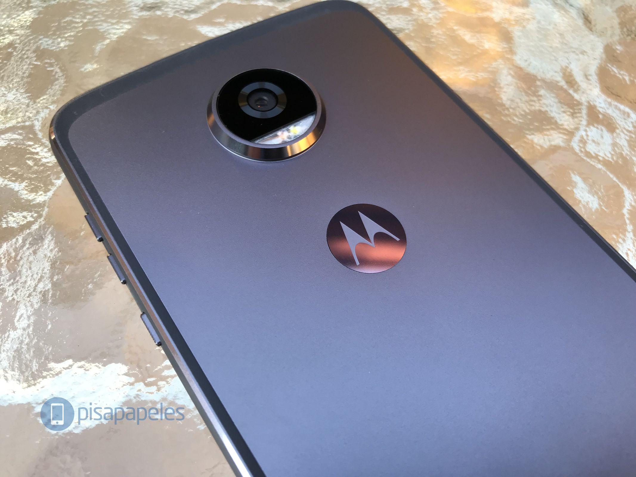 """Controlla il Motorola Moto Z2 Play 21 """"larghezza ="""" 2133 """"altezza ="""" 1600"""