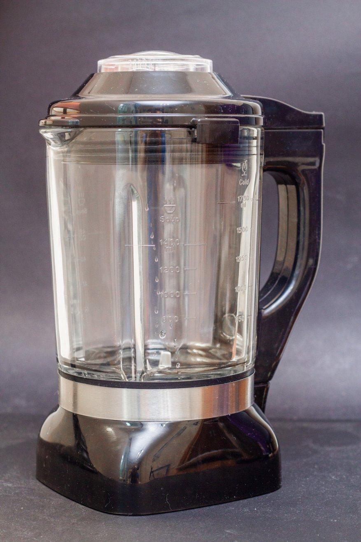 Ulasan Alfawise Stationary Blender: 2.000 Watt Power dan 2 L Glass Bowl 10