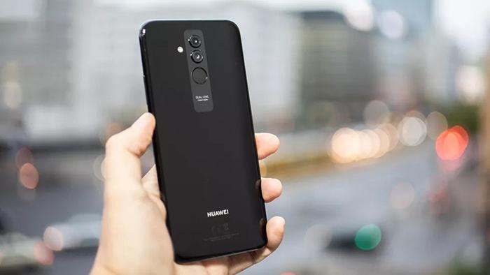 Задниот дел на Huawei Mate 20 Lite