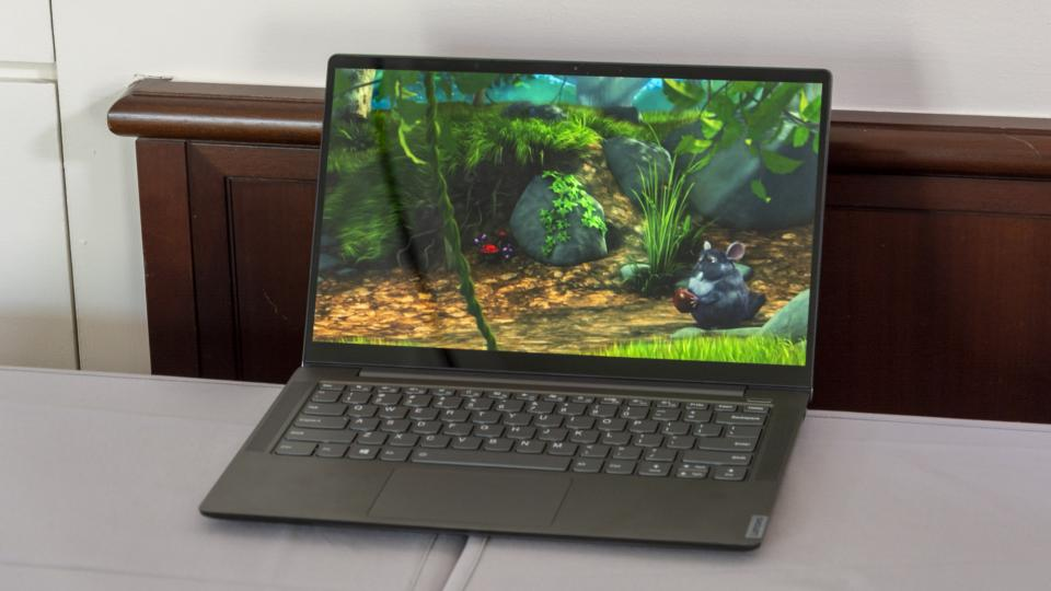 Lenovo Yeni Yoga noutbuku, Motorola One Zoom, Smart Home Technology və AR təqdim edir Marvel oyunu 1
