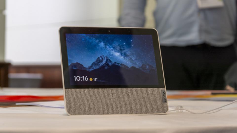 Lenovo Yeni Yoga noutbuku, Motorola One Zoom, Smart Home Technology və AR təqdim edir Marvel oyunu 3