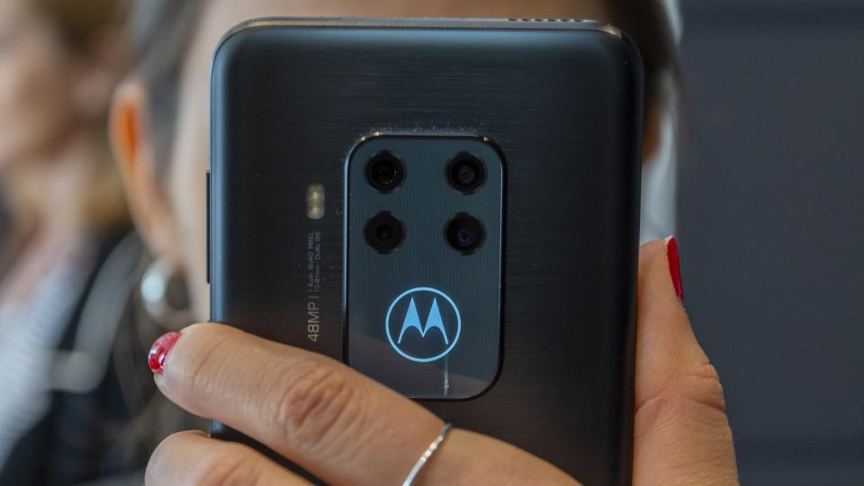 Lenovo Yeni Yoga noutbuku, Motorola One Zoom, Smart Home Technology və AR təqdim edir Marvel oyunu 5