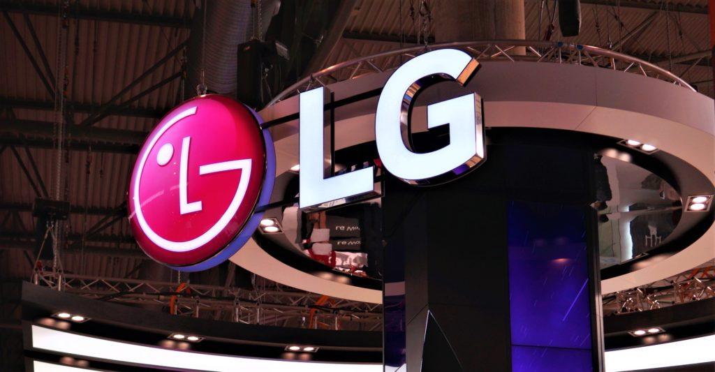LG G8 ќе има дизајн со двојно преклопен екран 1