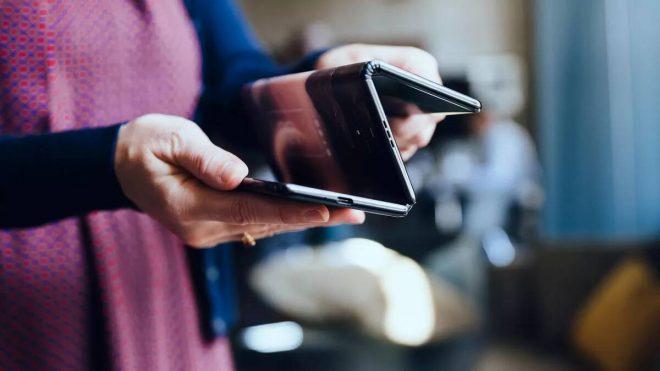 Samsung Galaxy Z, 10 düymlük bir tabletə çevirən üçlü bir cib telefonu ola bilər 2