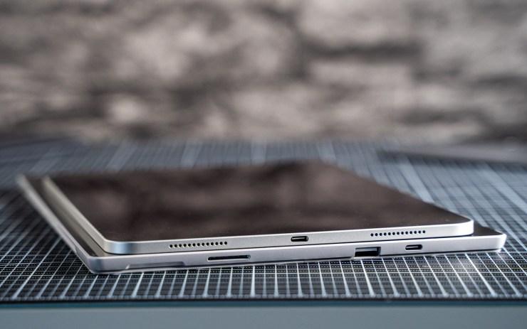 Microsoft Surface Pro 7 đấu với Apple iPad Pro USB C