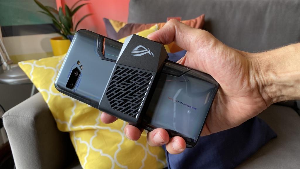 ROG Телефон 2 е повеќе од само одличен гејмер за паметни телефони 1