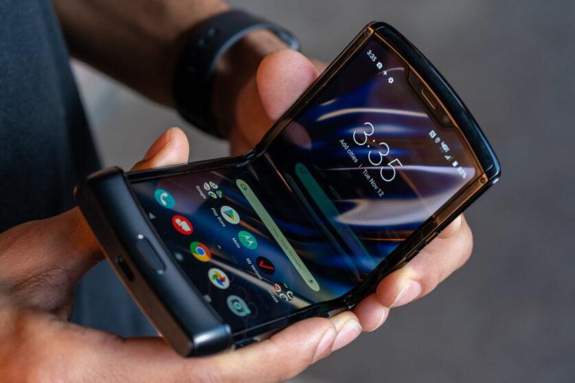 ¿Será el Motorola RAZR el punto de partida para los teléfonos inteligentes plegables?