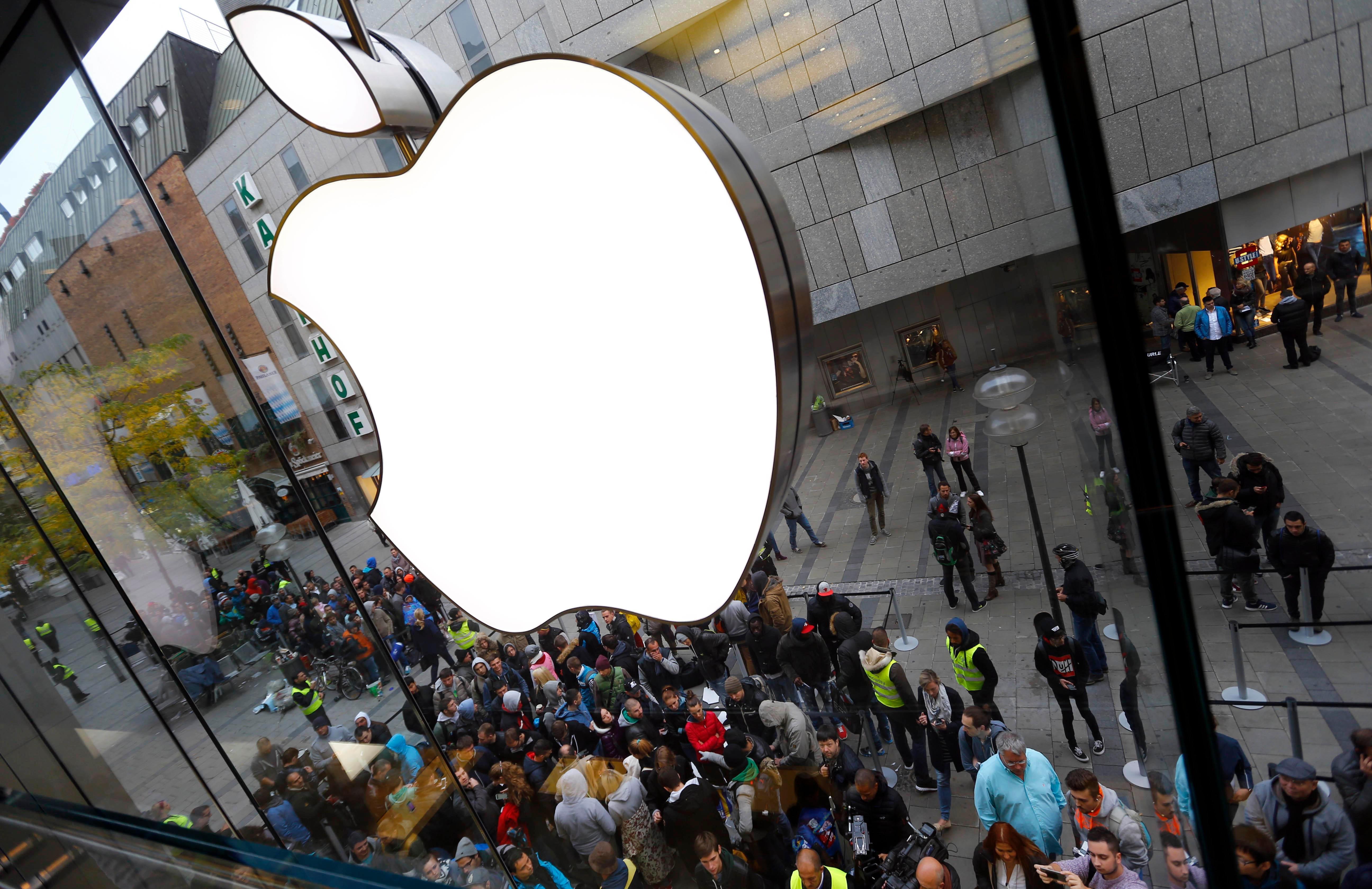 Извори рекоа дека новиот iPhone потоа може да излезе во продажба на 22 септември