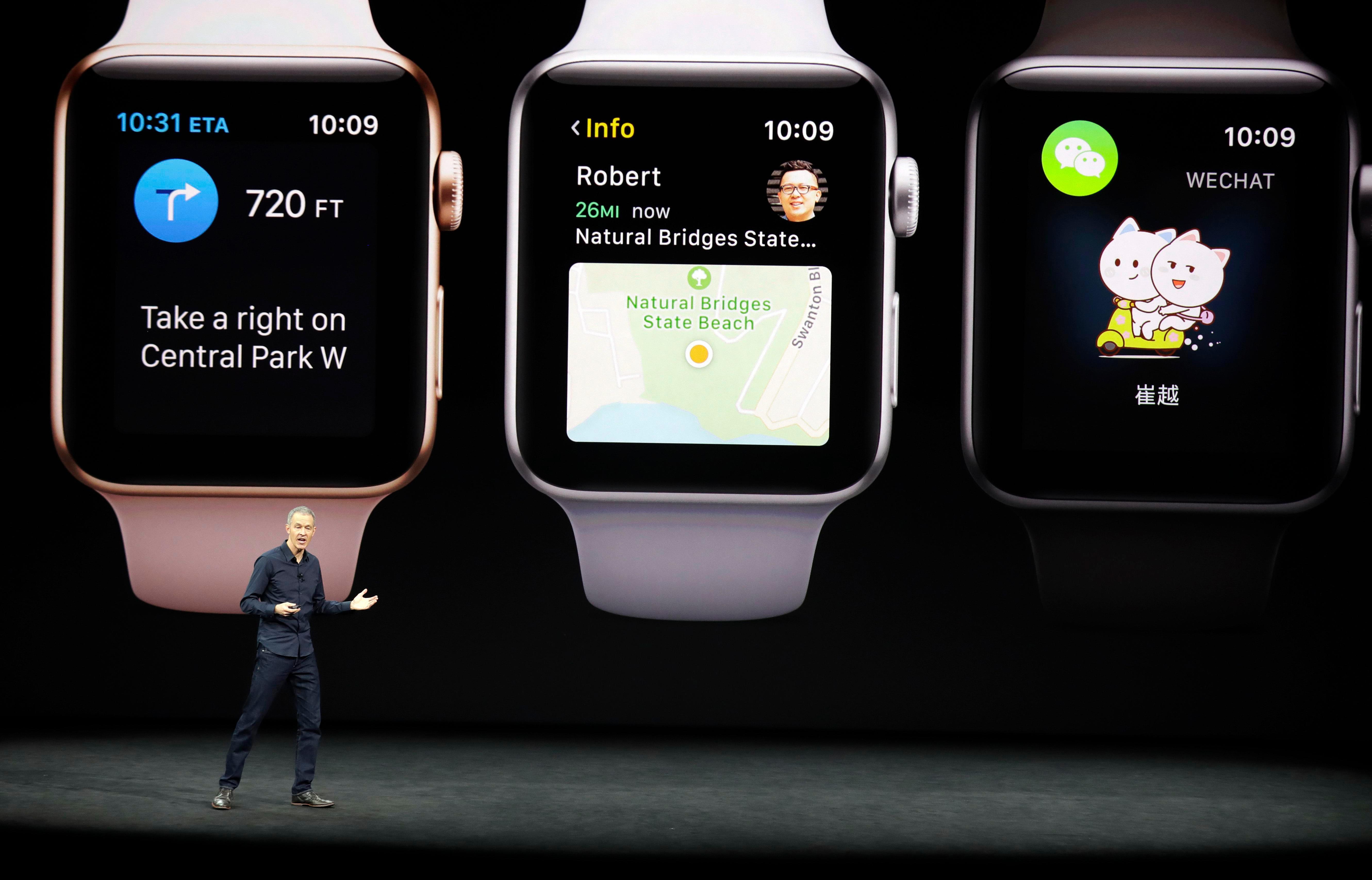 Apple        odmieta povedať, koľko hodiniek predáva, ale tvrdí, že je jedným z najväčších výrobcov