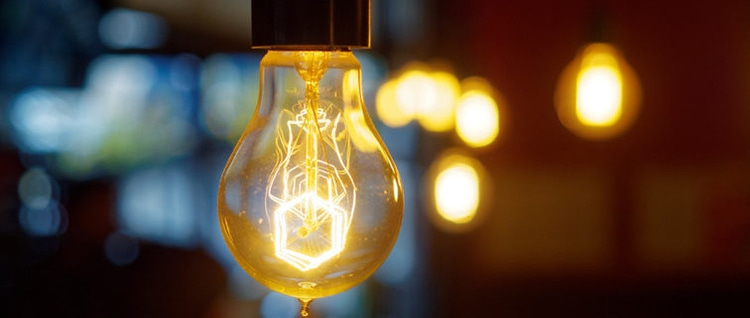 Ekonomik ışık seviyeleri, cep telefonlarını, tabletleri vb. Günlük olarak şarj etmek önemlidir. 3