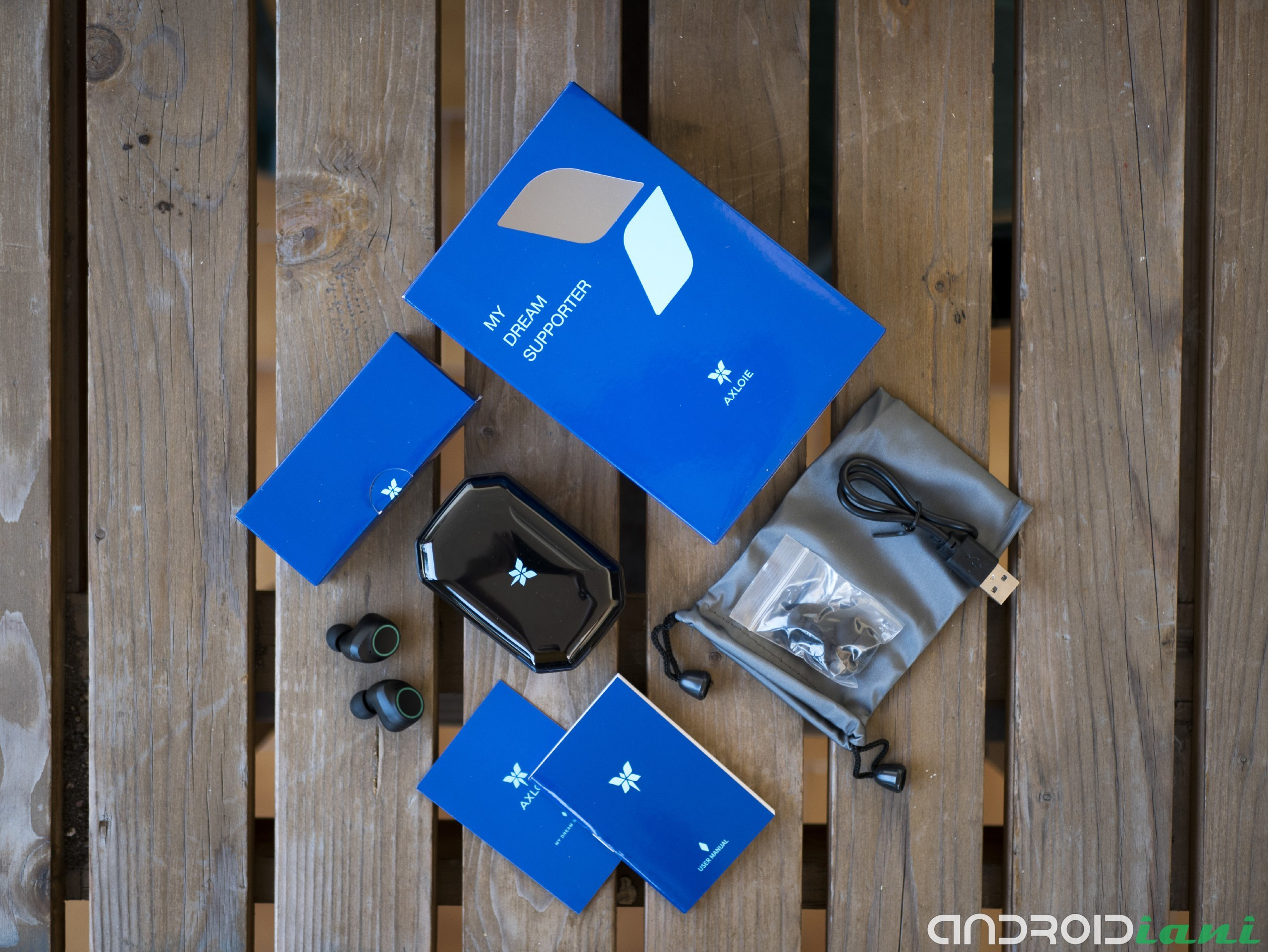 "Axloie Attitude: TWS 4 ""width ="" 2560 ""height ="" 1922 headphone reviews"