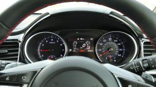 Kia ProCeed GT: تنفجر بما يكفي لتجعل أموالك أحد الاعتبارات الجادة 13