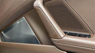 Burmester High-End Surround Sound System (2020 Porsche 911) ulasan 4