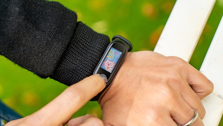 AndroidPIT Xiaomi Mi Band 4 Mới 6