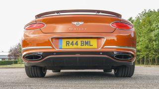 Bentley Continental GT: sang trọng, tiện nghi, điều kiện, yên tĩnh 8