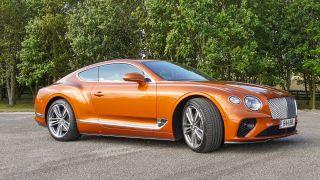 Bentley Continental GT: sang trọng, tiện nghi, điều kiện, yên tĩnh 4